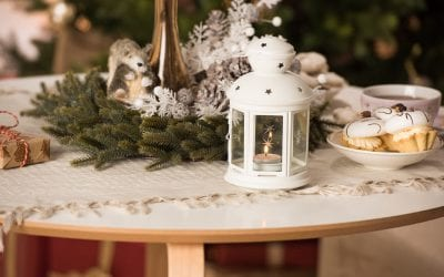 6 Safety Tips for Holiday Decorating